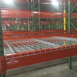 Wire-mesh-decks-used-42x46